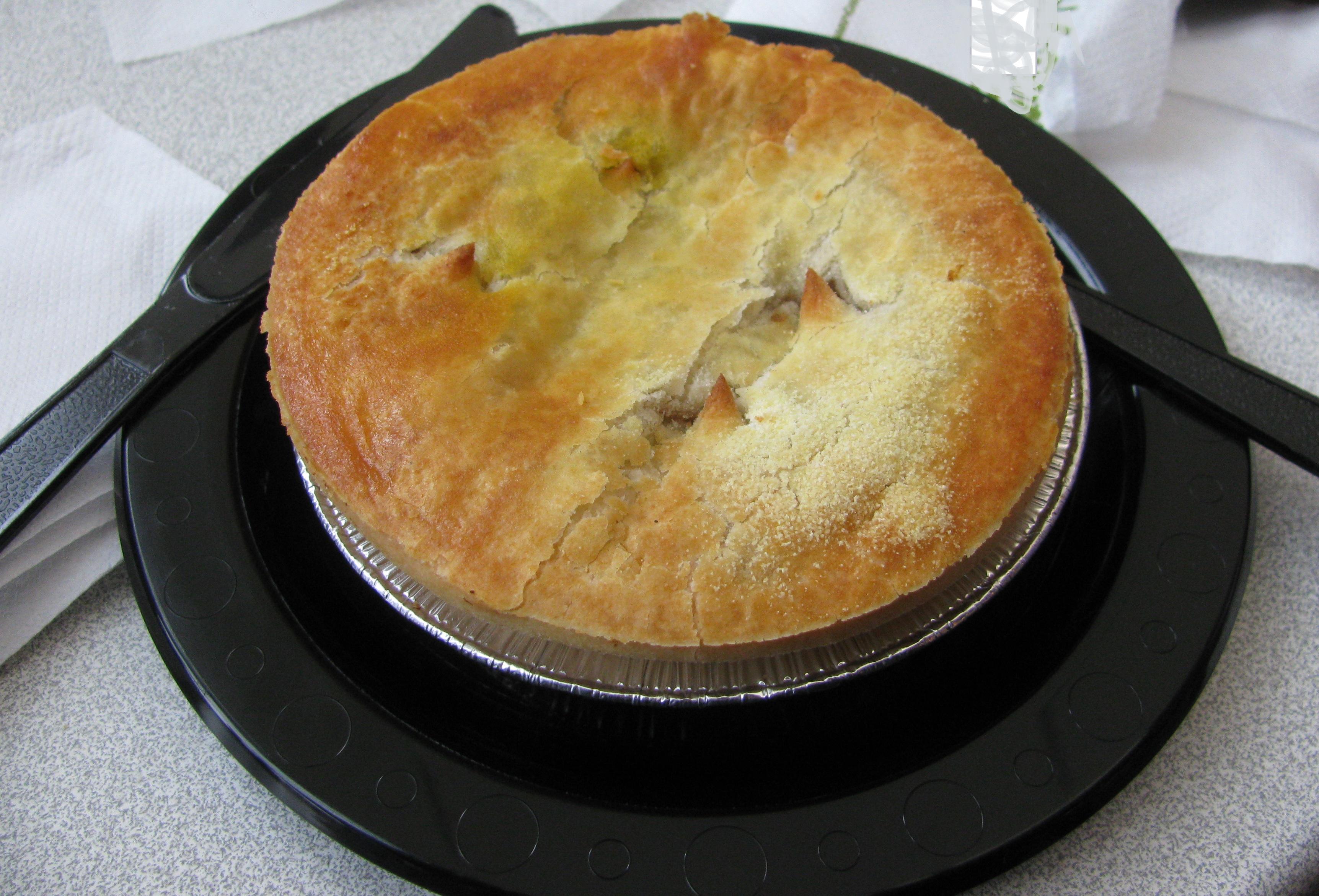 Pie di ortaggi delle langhe e toma