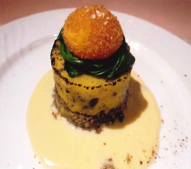 """トルティーノ ディ パターテ(熟成インカのめざめとトリュフのケーキ仕立て) Tortino di Patate (torta di tartufi e patate """"inka no mezame"""" mature)"""